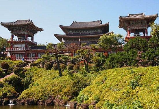 Dược Tuyền Tự-điểm đến thú vị trong Tour du lịch Hàn Quốc vào mùa thu 6 ngày 5 đêm
