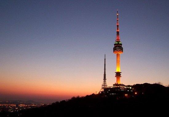 Tháp Namsan - biểu tượng của du lịch Seoul