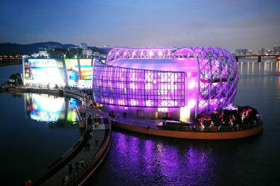 tour-han-quoc-4-ngay-4-dem-seoul-cong-vien-bau-troi-everland-floating-island-11